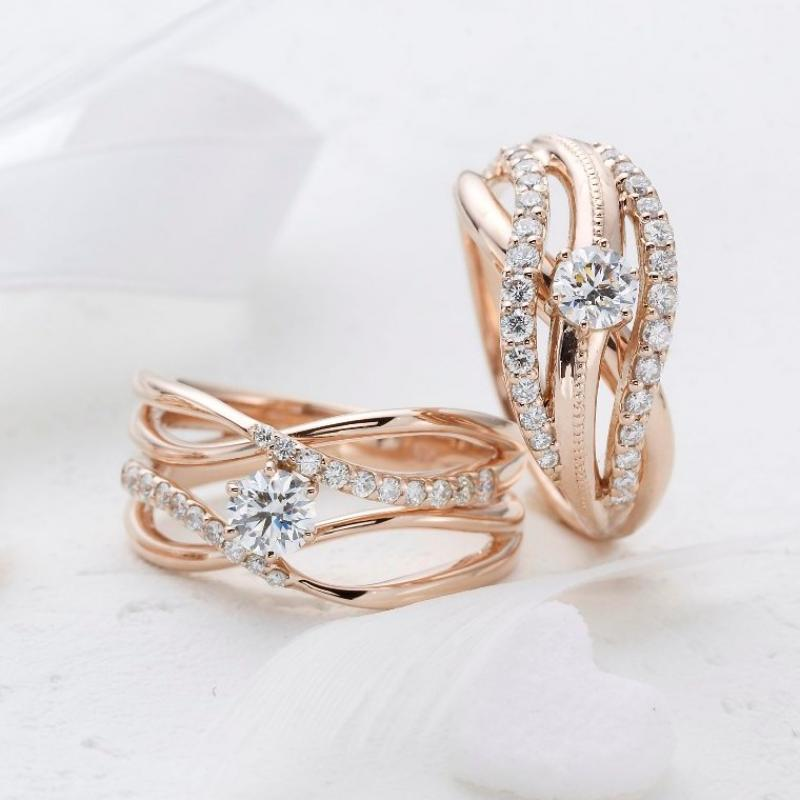 CLEARオリジナル「ピアラ」シリーズはピンクゴールドで存在感のあるエンゲージリング♪ダイアモンドを選んでセミオーダーで作成いたします!