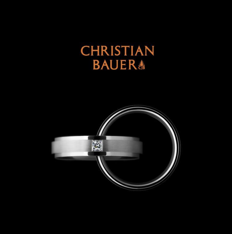 【CHRISTIAN BAUER(クリスチャンバウアー】130年以上受継がれるマイスターの技術力と最先端の機会高額が融合した「鍛造法」で、高い強度を誇るプランド。滑らかな着け心地は...
